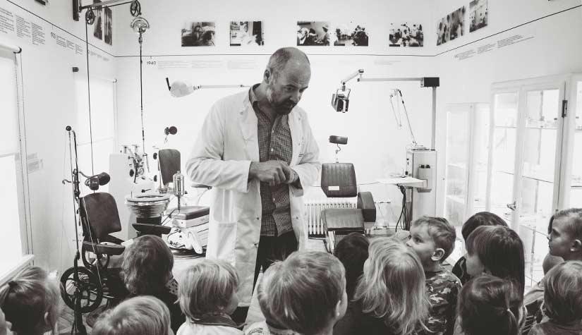children-in-classroom